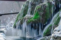 Cascade étonnante d'hiver Photographie stock