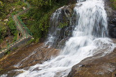 Cascade argentée dans Sapa Image stock