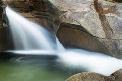Cascade au nid de poule de granit de bassin, montagnes blanches, nouveau jambon Photos libres de droits