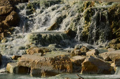 Cascade au Saturnia Hot Springs Photo libre de droits