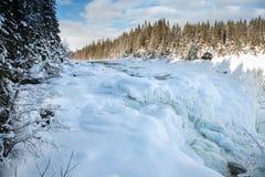 Cascade congelée Tannforsen en hiver, Suède image stock