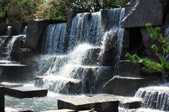 Cascade à écriture ligne par ligne au mémorial de Roosevelt Images libres de droits
