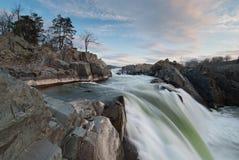 Cascade à écriture ligne par ligne d'automnes grands de fleuve Potomac Image stock