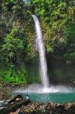 Cascade à écriture ligne par ligne de Fortuna de La, Costa Rica Photo libre de droits