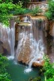 cascade à écriture ligne par ligne en Thaïlande Photographie stock
