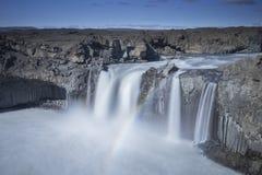 Cascade d'Aldeyjarfoss Photographie stock libre de droits