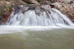 Cascade dans Huay au krabi Thaïlande Images libres de droits