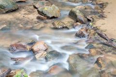 Cascade dans Huay au krabi Thaïlande Image stock