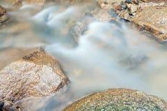 Cascade dans Huay au krabi Thaïlande Images stock