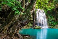 Cascade dans le nom Erawan de la Thaïlande dans la forêt au prov de Kanchanaburi Images stock