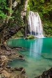 Cascade dans le nom Erawan de la Thaïlande dans la forêt au prov de Kanchanaburi Image stock