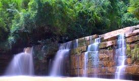 Cascade dans le nord de la Thaïlande Image libre de droits