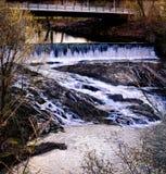 Cascade dans Stotteville NY Photos libres de droits