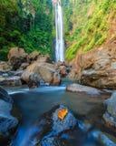 Cascade de Bissappu des sud Sulawesi de Bantaeng Photographie stock libre de droits