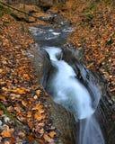 Cascade de cascade à écriture ligne par ligne Images stock