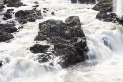 Cascade de Honefoss en Norvège Photos libres de droits
