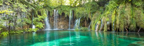 Cascade de lacs Plitvice, Croatie Endroit étonnant images libres de droits