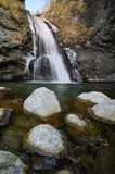 Cascade de Loja Scura Image stock