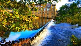 Cascade de moulin de Bamford Photos libres de droits