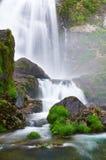 Cascade de rivière de Belelle. NEDA, un Coruña, Espagne Image libre de droits