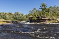 Cascade de rivière de bouilloire Image libre de droits