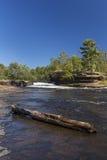 Cascade de rivière de bouilloire Photos libres de droits