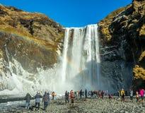 Cascade de Skogafoss dans la saison d'hiver en Islande photo stock