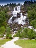 Cascade de Tvindefossen Images libres de droits