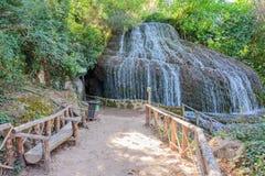 Cascade du parc en automne II Photo libre de droits