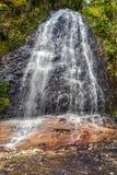 Cascade du Vietnam sur des paysages de montagne photo stock