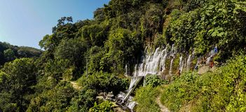 Cascade en parc national d'EL Imposible, Honduras photo stock