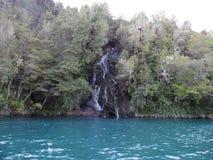 Cascade en rivière de Puelo photos libres de droits