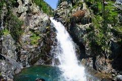 Cascade en vallée de Benasque photographie stock libre de droits