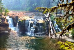Cascade enchantée Images libres de droits