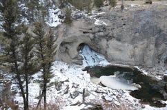 Cascade naturelle de pont Photographie stock libre de droits