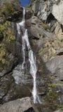 Cascade près du monastère de nid du ` s de tigre Royaume du Bhutan Photographie stock