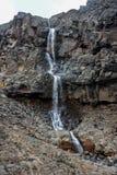 Cascade scénique en parc national de Tongariro près de village de Whakapapa Photographie stock