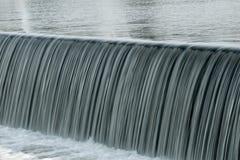 Cascade sur la rivière Photographie stock libre de droits