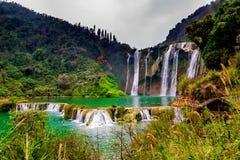 Cascade Yunnan, porcelaine de Jiulong Photo libre de droits