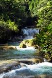 Cascades à écriture ligne par ligne de la Jamaïque Photos stock