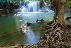 Cascades à écriture ligne par ligne en Thaïlande Photo stock