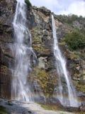 Cascades à écriture ligne par ligne Italie photos stock