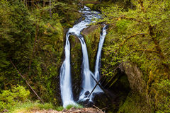 Cascades à écriture ligne par ligne triples Images stock