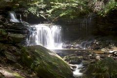 Cascades à gradins Photographie stock libre de droits