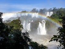 Cascades d'Iguazu à la frontière du Brésil et de l'Argentine Images libres de droits