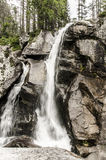 Cascades dans haut Tatras, Slovaquie Images stock