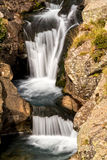 Cascades de cascade de beau voile Image libre de droits