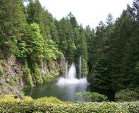 Cascades de jardins de Butchart Image libre de droits