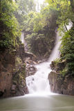 Cascades de Phlio en Chandra Buri Image stock