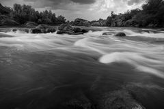 Cascades de rivière Images libres de droits